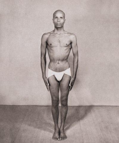 Sri K Pattabhi Jois - Ashtanga Yoga - Samasthiti