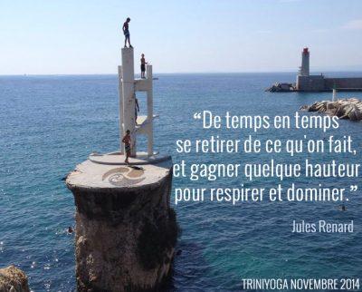 Plongeons depuis falaise dans la mer et citation TriniYoga