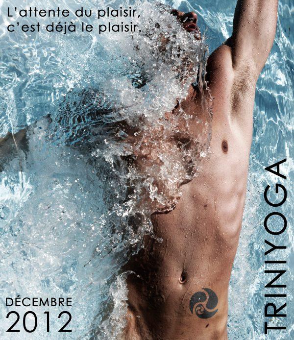 Homme nu nage dans piscine - Citation plaisir Trini Yoga