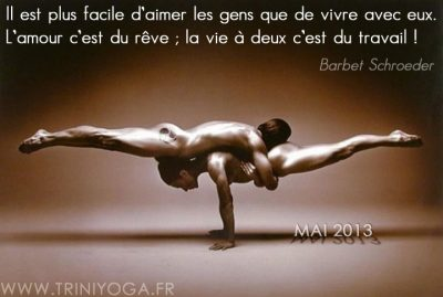 couple nu pose Yoga - citation Trini Yoga
