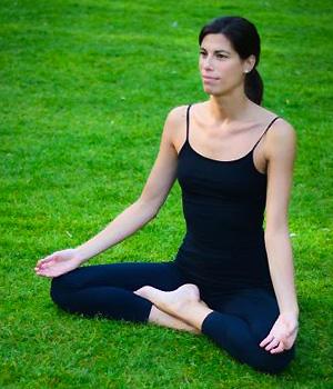Veronica Noseda, professeur Hatha et Yin Yoga au studio TriniYoga Paris